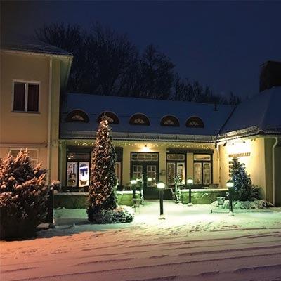 Julbord på Åsby Hotell i HALLSTAHAMMAR | Julbordsportalen.se