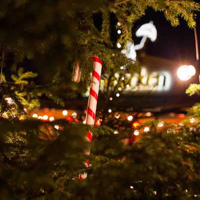 Julbord på Junibacken i STOCKHOLM | Julbordsportalen.se